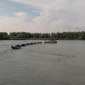 Vertrek van de sleep vanuit Schoonhoven, een week voor het zomerkamp